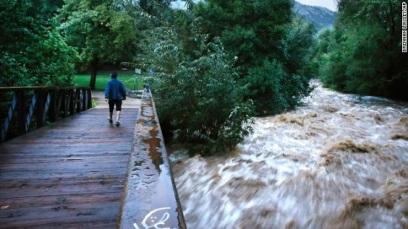 from http://edition.cnn.com/2013/09/14/us/flooding-colorado/