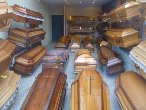 Warsaw coffins CC-BY-3.0, Attribution:  Photo by Tom Oates, 2013, via wikipedia